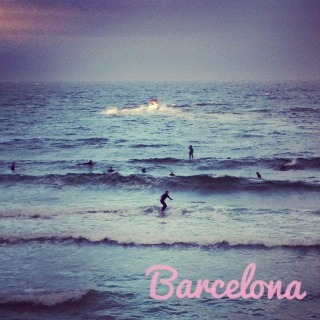 spain_barcelona_summer_surf_surfing_blue_beach