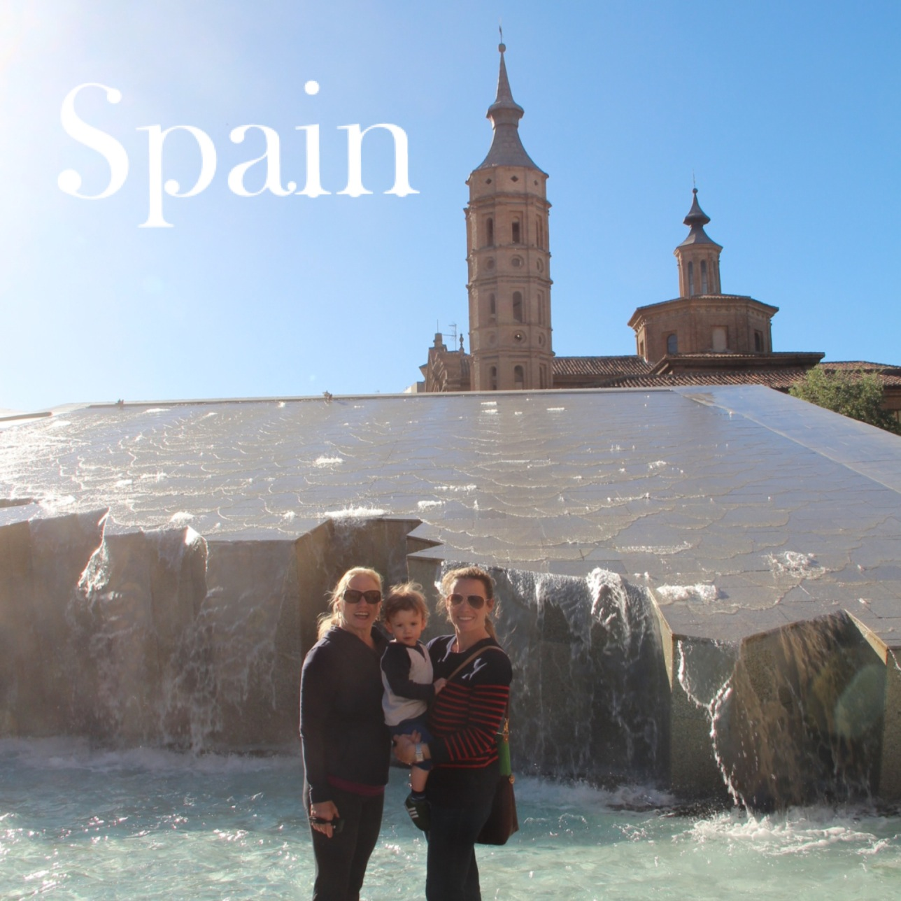 spain_waterfall_summer_family